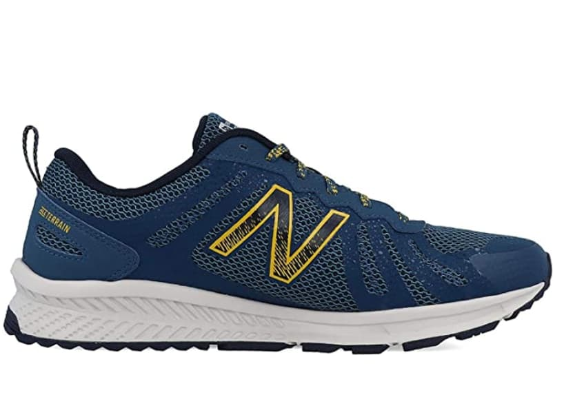 zapatillas running New Balance Mt590v4
